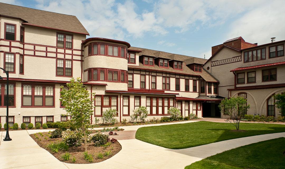 Photos National Park Seminary Apartments